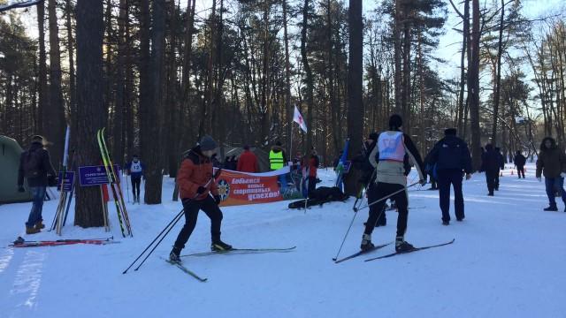 Пожарные и спасатели посоревновались в лыжных гонках