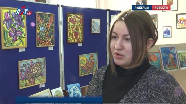 Выставка батика в ДДЮТ