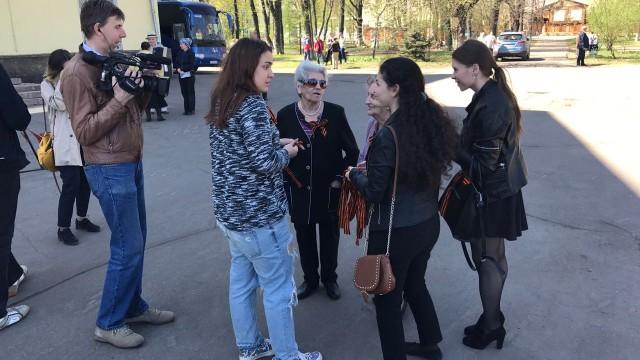 Акция «Георгиевская ленточка» прошла сегодня у Люберецкого ДК